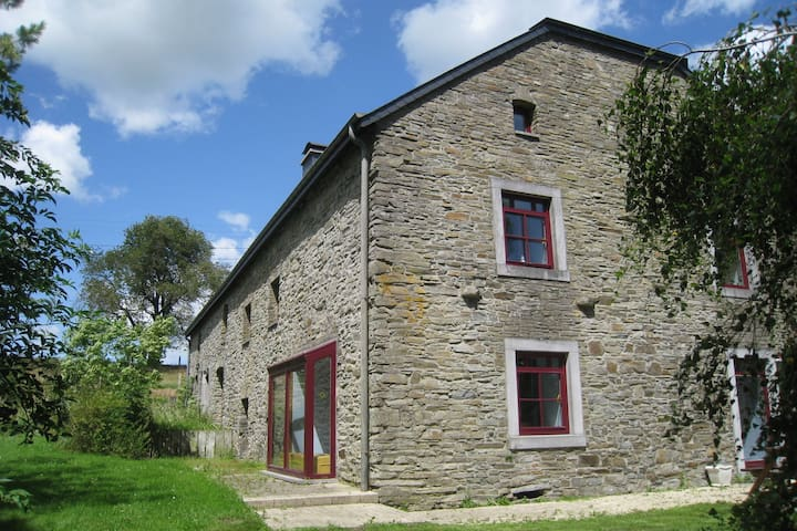 Luxurious Farmhouse in Rondu Luxembourg with garden