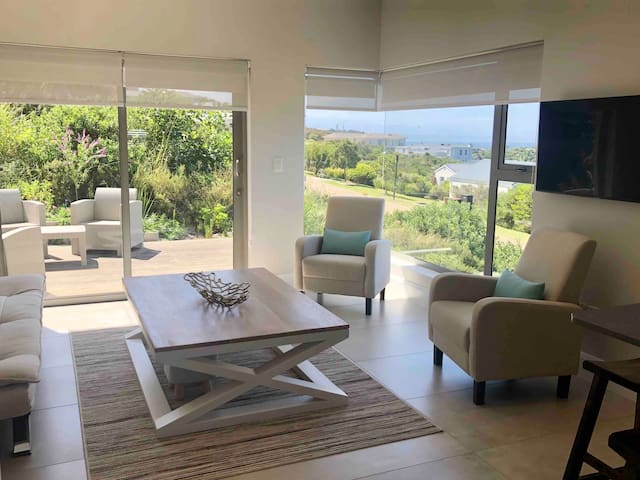 Lounge and relaxation area with breath taking views.