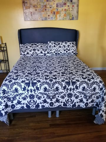 Guestroom Close To Fairplex and Univ. Of La Verne