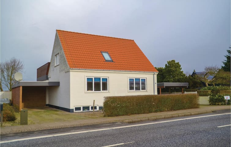 Holiday cottage with 3 bedrooms on 156 m² in Nørre Nebel
