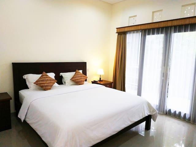 Dwiputra Guest House, Canggu, Bali