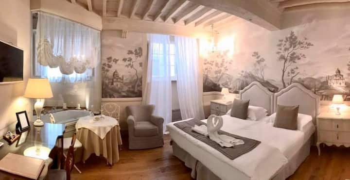 Grand Suite Cortona Luxury B&B