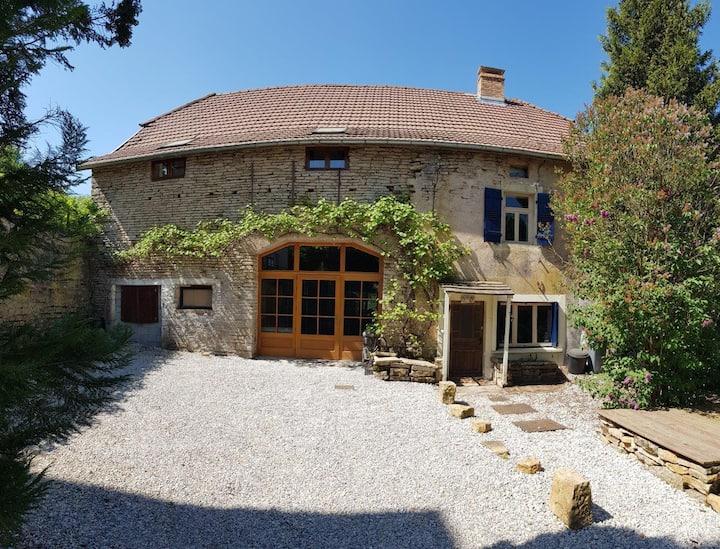 Les Hiboux, authentic farmhouse