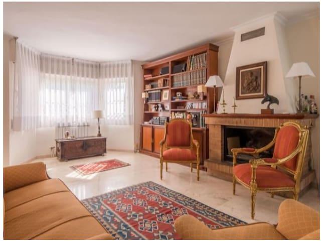 Chalet Deluxe Granada situado a 5 min de Granada