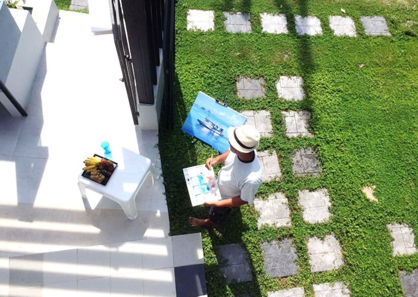 The Relax @ Krabi Home & Gallery is a holiday house adjoining Art Gallery.