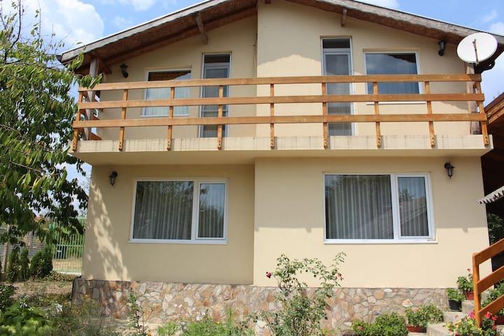 Villa Ravna Gora-Kamchia, Varna - Varna