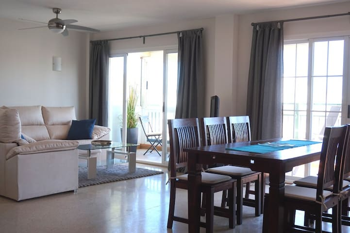 Modern Penthouse - Only 200m to the Beach and Port - Alcúdia - Condominium