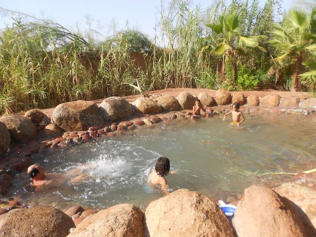 Bungalow dans Jolis jardins nature Marrakech