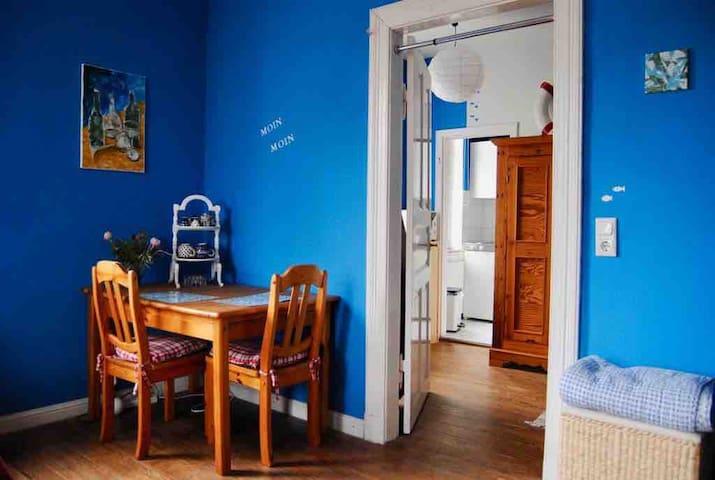 Gemütliche kleine Wohnung zwischen NOK und Itzehoe