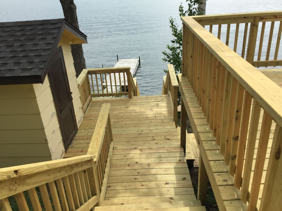 Deep water dock for boats