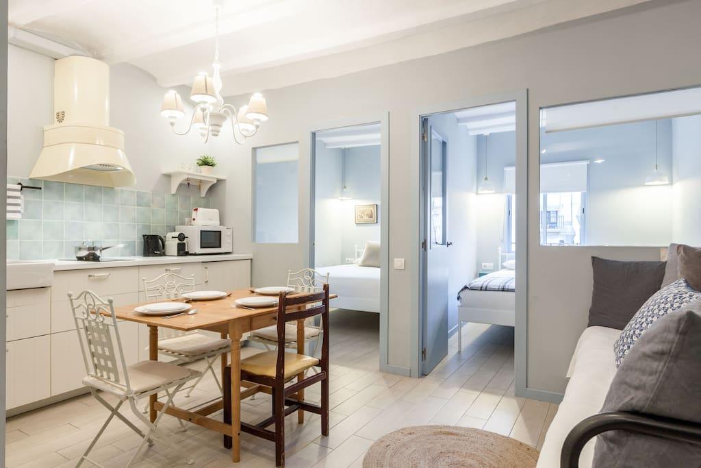 Charmant appartement dans le centre ville appartements for Appartement piscine barcelone