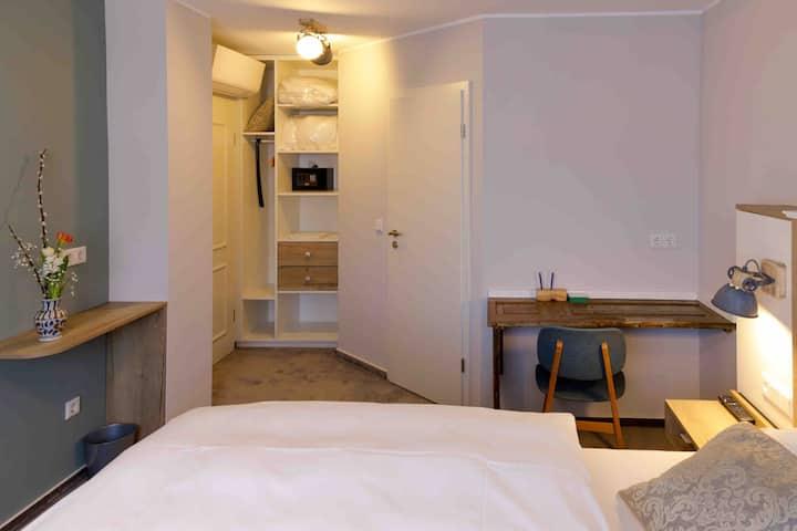 Hotel Brasserie Chaussee im Herzen von Seeheim