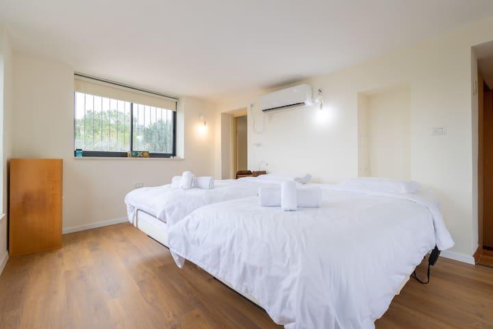 Master Bedroom, 3rd Floor