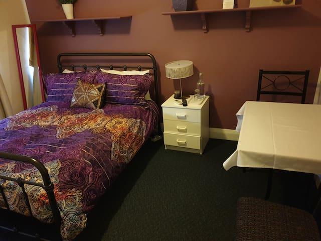 Sanctuary B & B Lavender