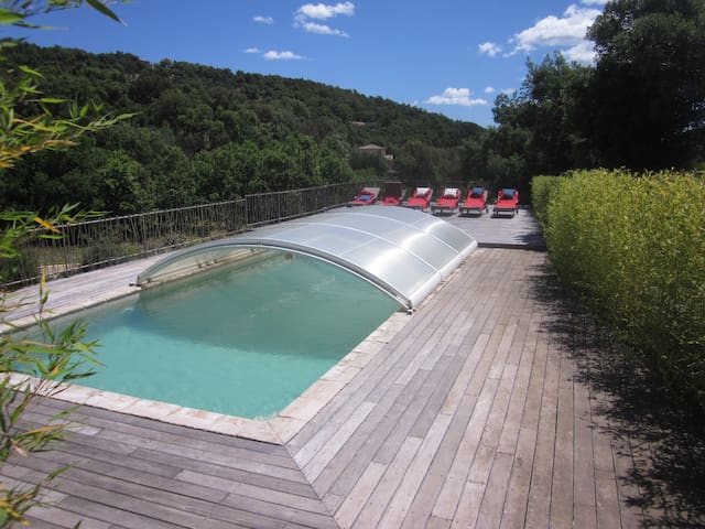 Beautiful Villa 200m² Grimaud (gameroom and pool)