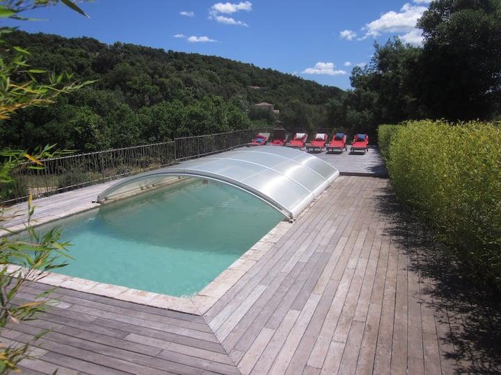 Villa 200 m² à Grimaud (flippers, baby, piscine)