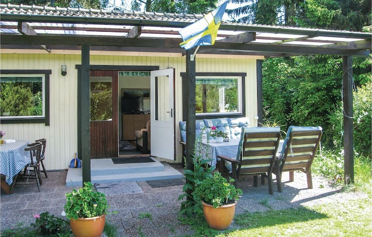 Holiday cottage with 2 bedrooms on 60 m² S11311