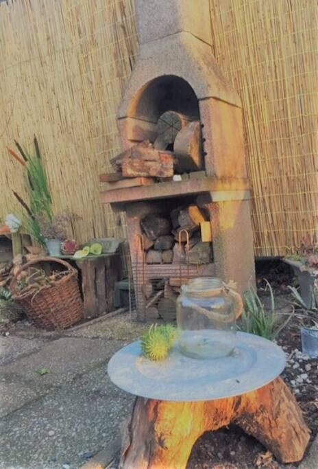 Outdoor woodstove / Barbeque