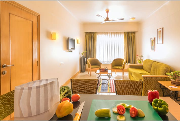 ★ Royal Suite Near Metro Station, Andheri East ★