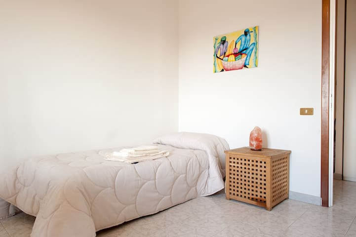 B&B A casa di Michela - Single room in Verona - เวโรนา
