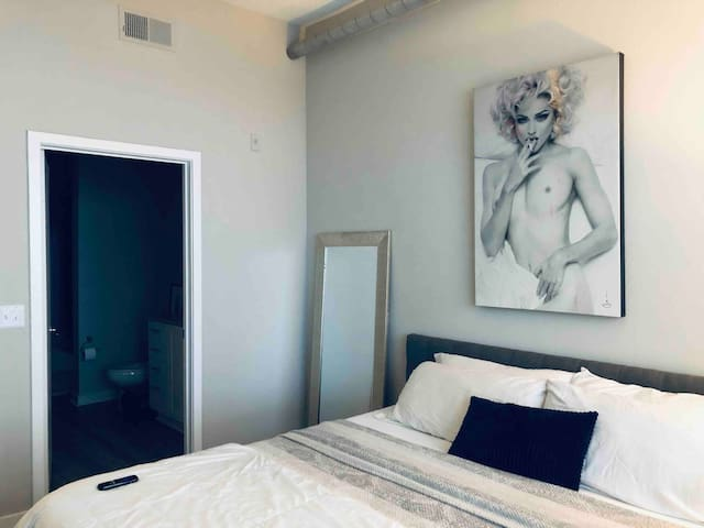 Private 1BR Apt | Downtown Tampa + Riverwalk