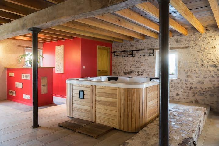 Gite Domaine de Mitonnière - Hérisson - Casa