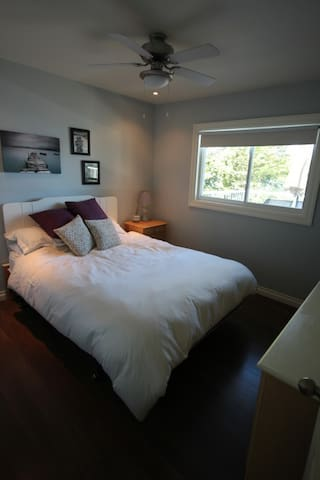 Master Bedroom - Queen Size with overhead fan