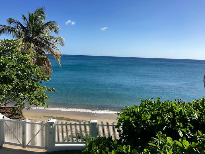 "BEACHFRONT Gated ""Beach Bliss"" House"