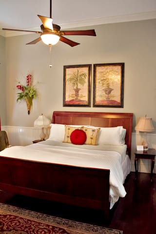 The Little Gem - Grand Magnolia Suites