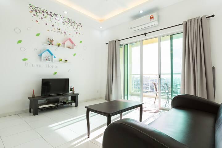 Sky holiday home near SPICE, penang - Bayan Lepas - Apartment