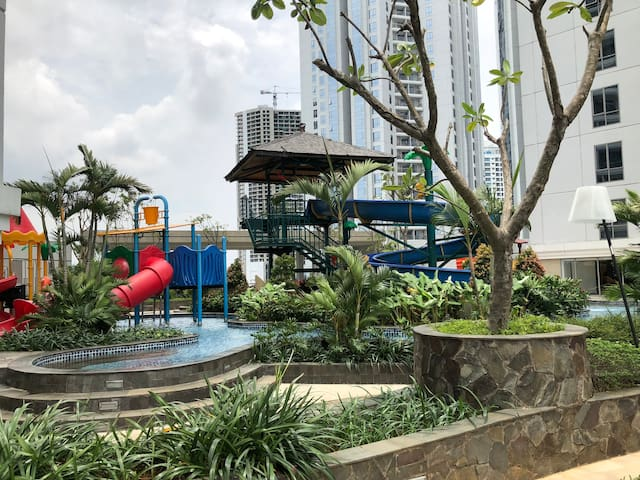Children play ground @7th floor