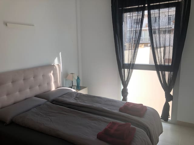 Schlafzimmer | Dormitorio | Sleeping room
