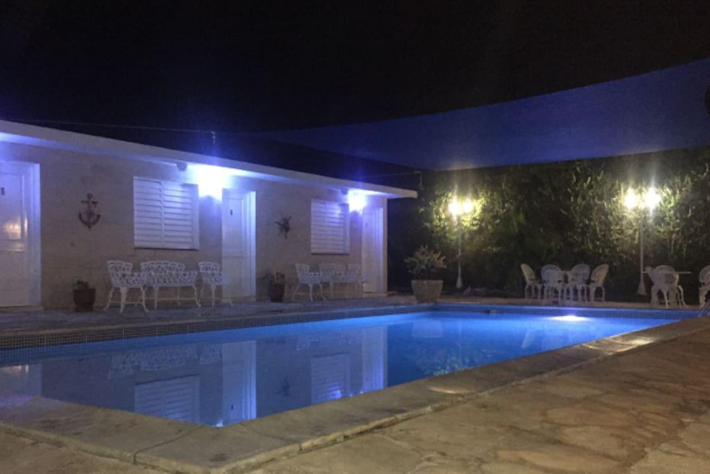 Pool/Piscina