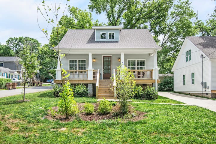 Brand New, cozy home in East Nash, 10 min to DT!