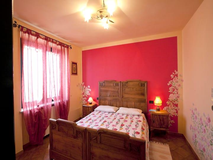 Camera Peonia tra Langhe e Monferrato