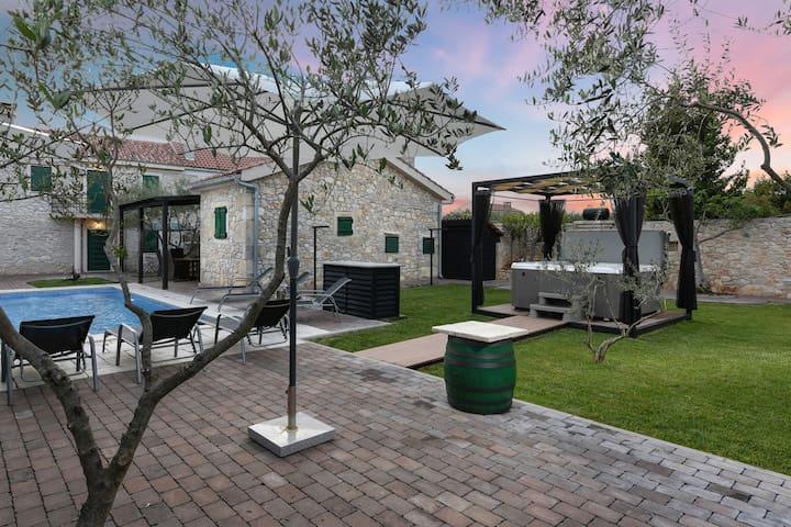 Villa Adriaticum, Croatia Luxury Rent