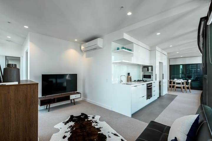 One bedroom apartment in Central Melbourne