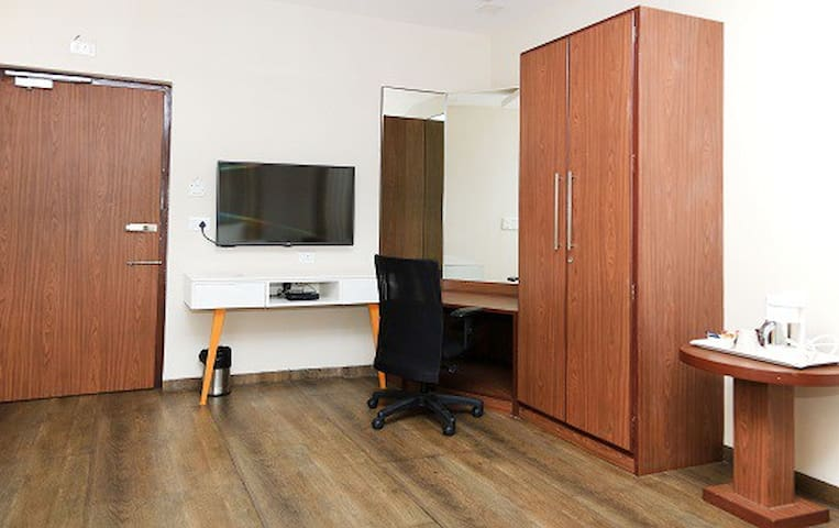 Service Apartments in Kirlampudi, Vizag - KIRCG1