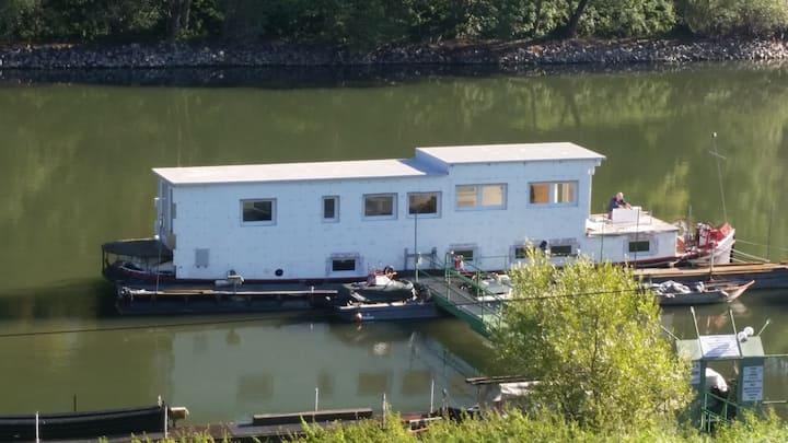 """Sportboot/Mobilheim  MS """"Lorenzo"""" nahe Bonn"""