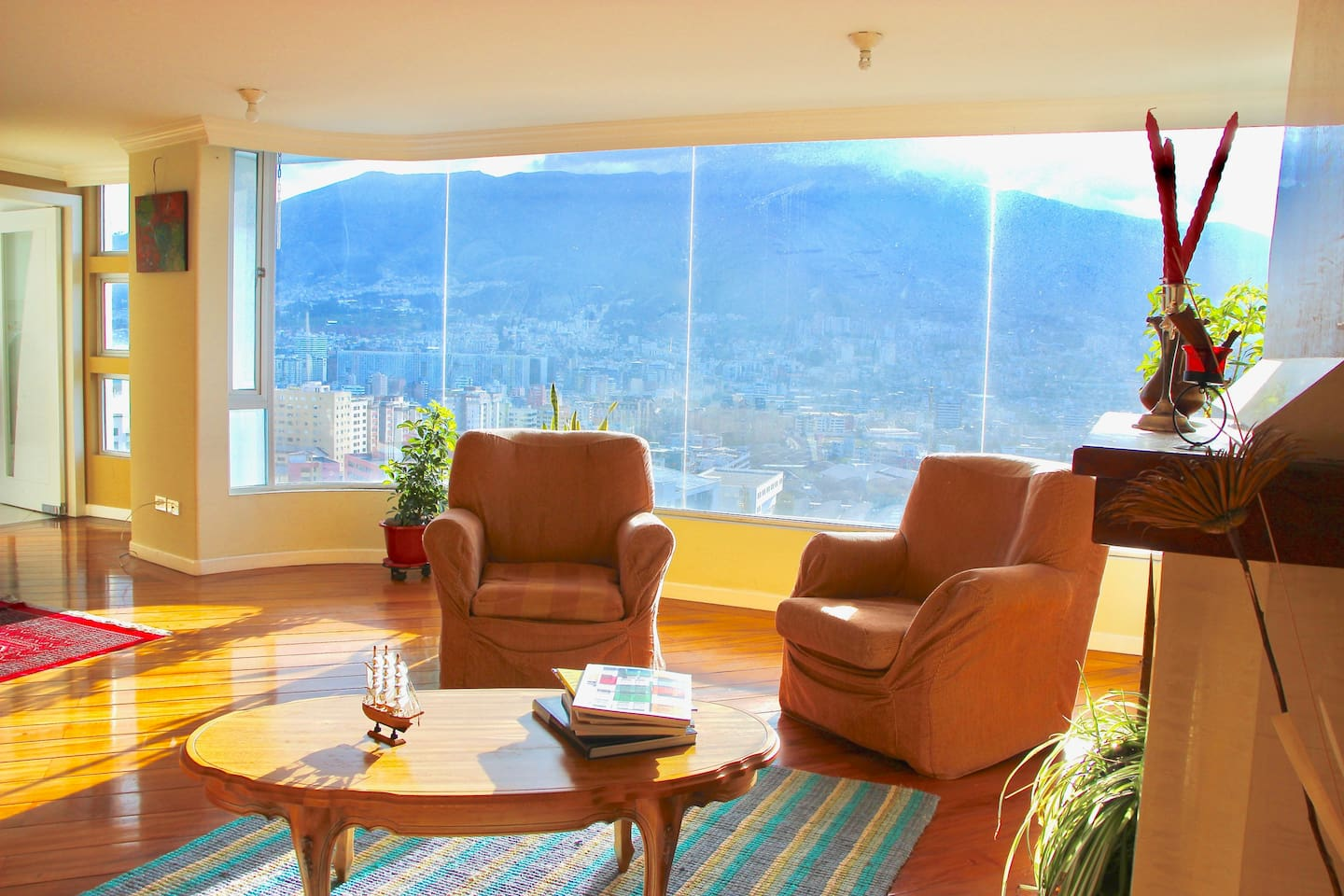 Living & Dining Room with mesmerizing view