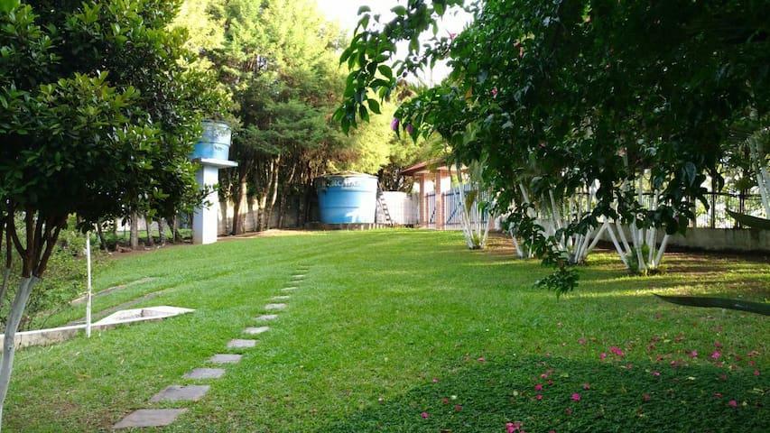 Chácara ótimo espaço para o lazer - Guararema - Stuga