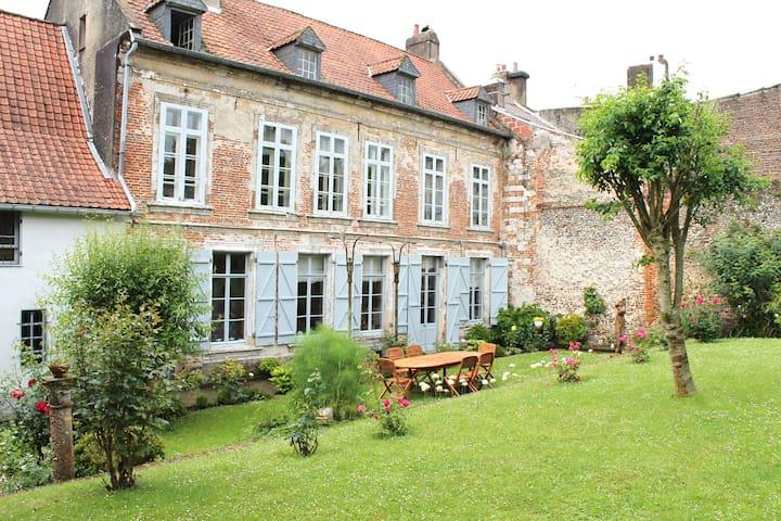 Grande maison de charme 3 chambres - Montreuil - Szeregowiec