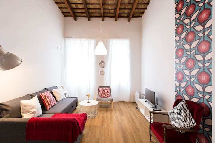Stylish apartment with character in El Carmen
