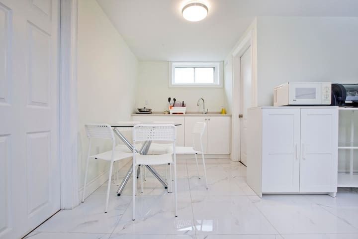 Our Fully-equipped Kitchenette and dining area.