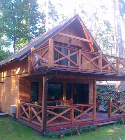 Uroczy domek nad Jeziorakiem - Makowo