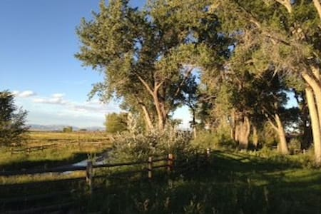 440 Ranch, solar eclipse camping destination - Shoshoni - Khemah