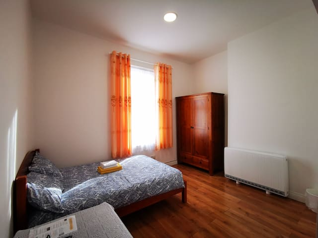 Dublin City Centre-Tidy-Double Bed with bathroom#4
