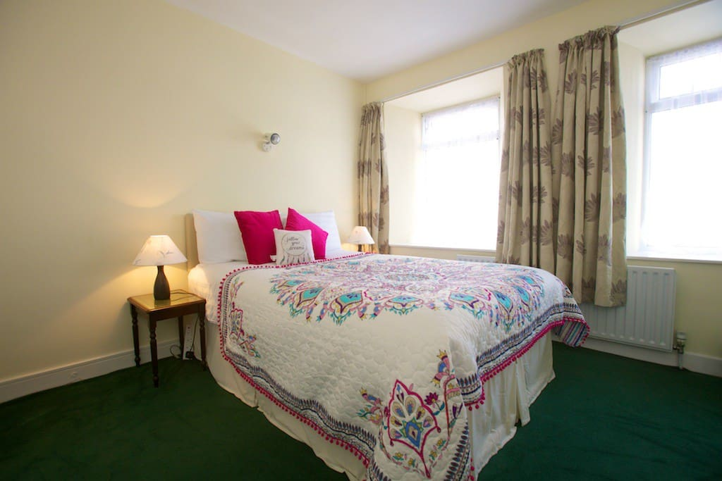 Comfortable Double Bed with en-suite