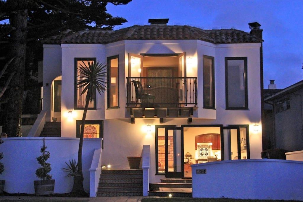 Casa Gran Vista II at Night - Upper Level
