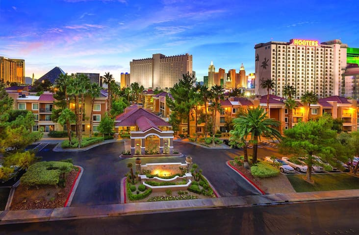 Las Vegas 1BR Suite at Desert Rose LAST MINUTE #07